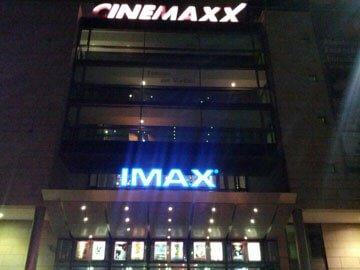 Werbung im Cinemaxx Bremen