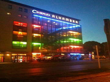 Werbung im Cineplex Alhambra Berlin