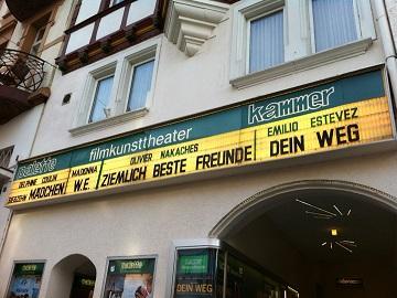 Werbung im Kammer Filmkunsttheater Marburg