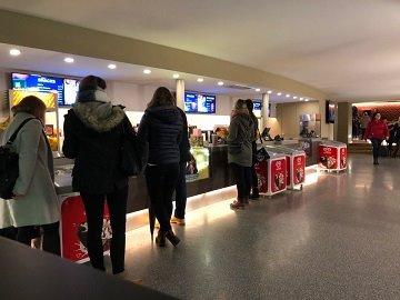 Werbung im Rex Filmpalast Pforzheim