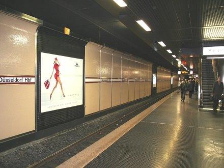 plakatwerbung-düsseldorf-u-bhf-hauptbahnhof-gleis-4