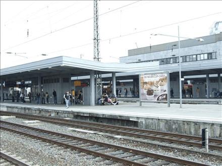Hbf /Bstg. Gleis 4/Nh. Westtunnel/2. Sto., 45127, Südviertel