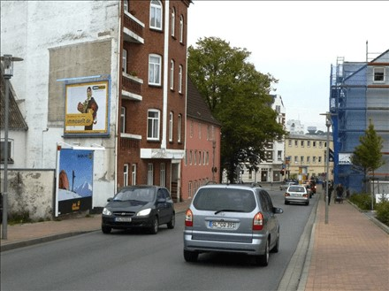 plakatwerbung-flensburg-harrisleer-str