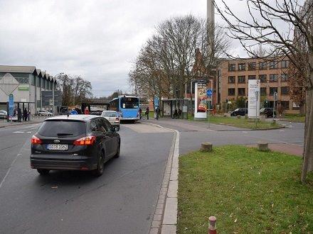Godehardstr/Finanzamt (neb. WH), 37081, Innenstadt