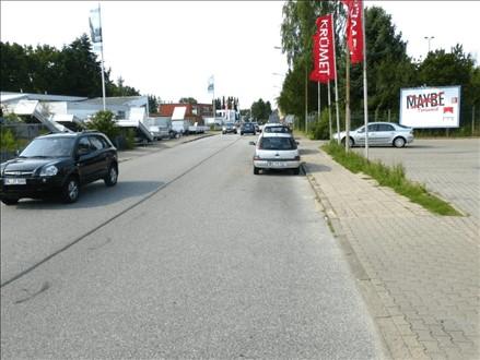Im Gleisdreieck 19 a re. quer, 23566, Schlutup