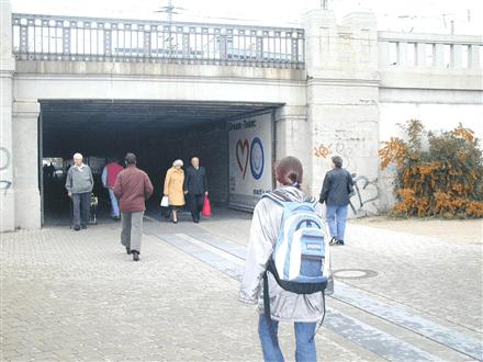 plakatwerbung-nürnberg-karl-bröger-tunnel