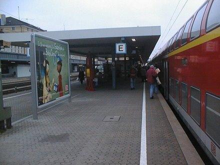 plakatwerbung-regensburg-hbf