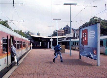 plakatwerbung-wuppertal-s-bahnhof-steinbeck
